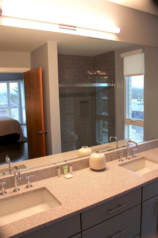 45 Asheland Avenue rental condo master bathroom view