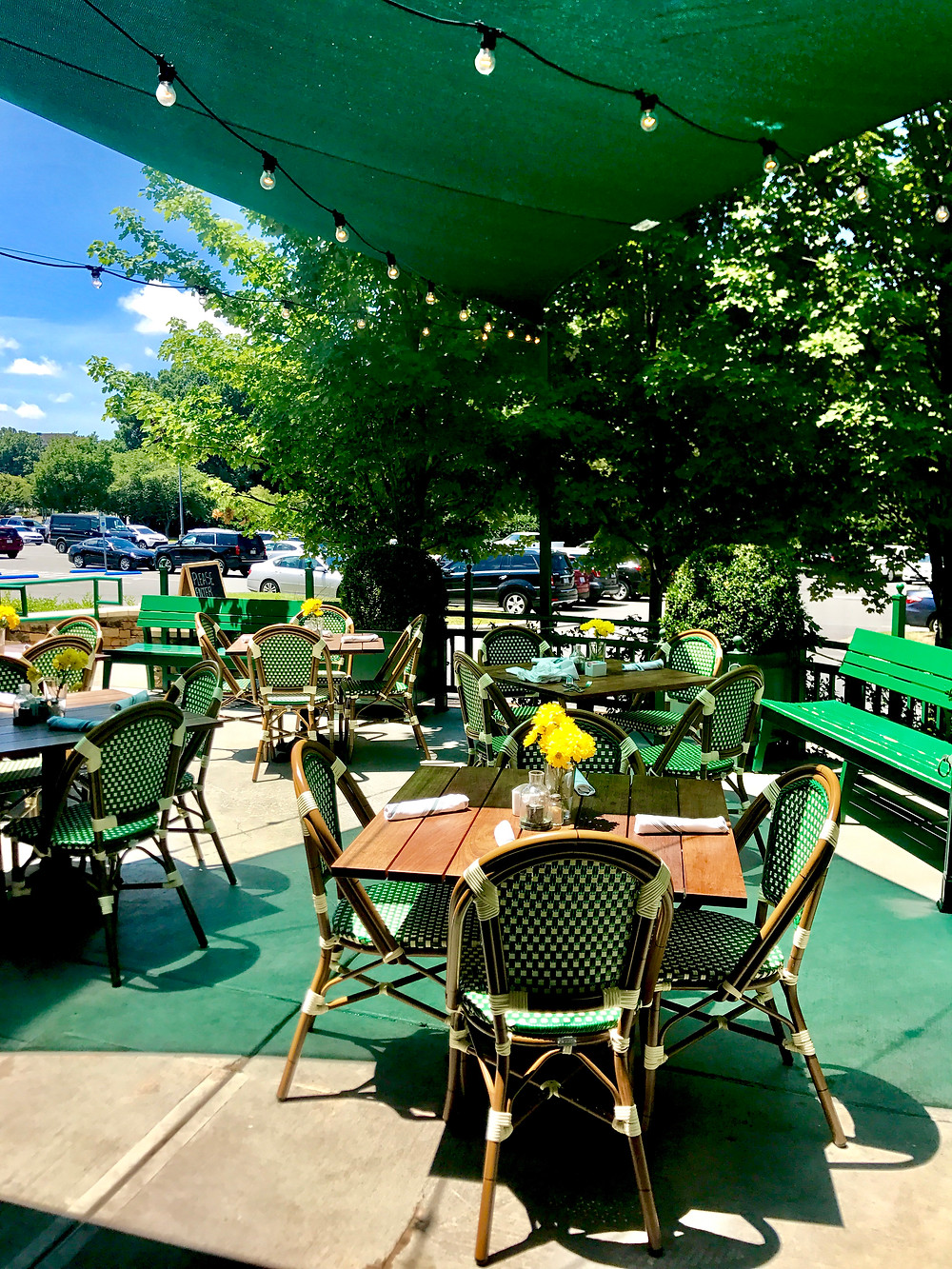 Outdoor Patio at Reid's Southpark
