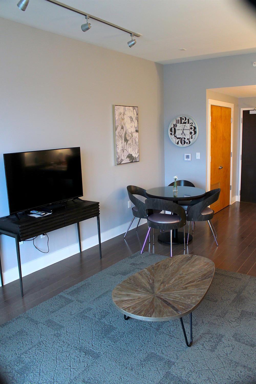 45 Asheland Avenue rental condo living and dining room view