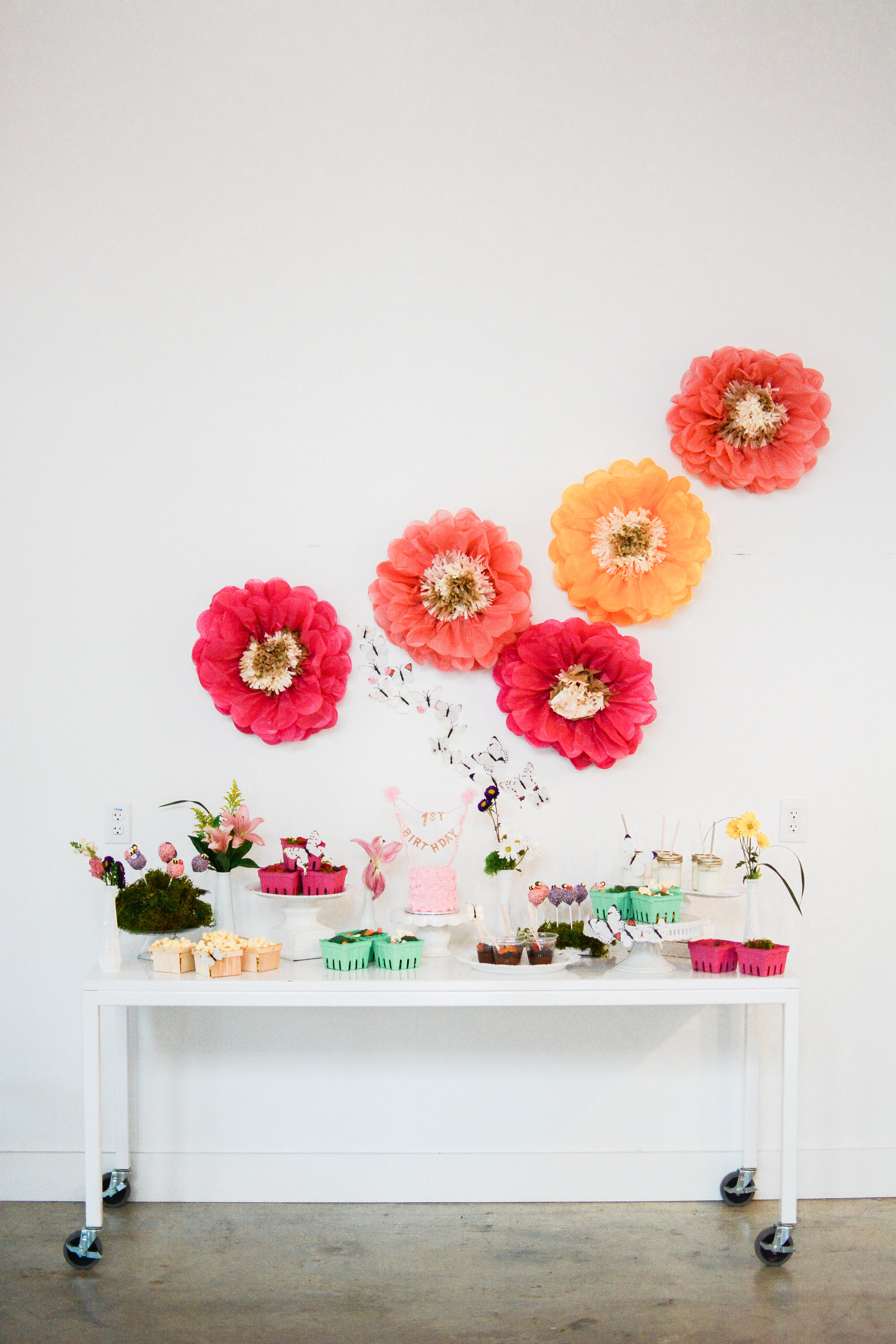 Baby's First Bee-Day Garden Party Theme _ Food & Drink Table _ The Tony Townie _ Photo 7