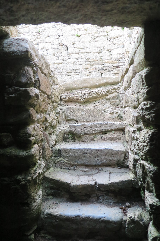 Din Lligwy crypt