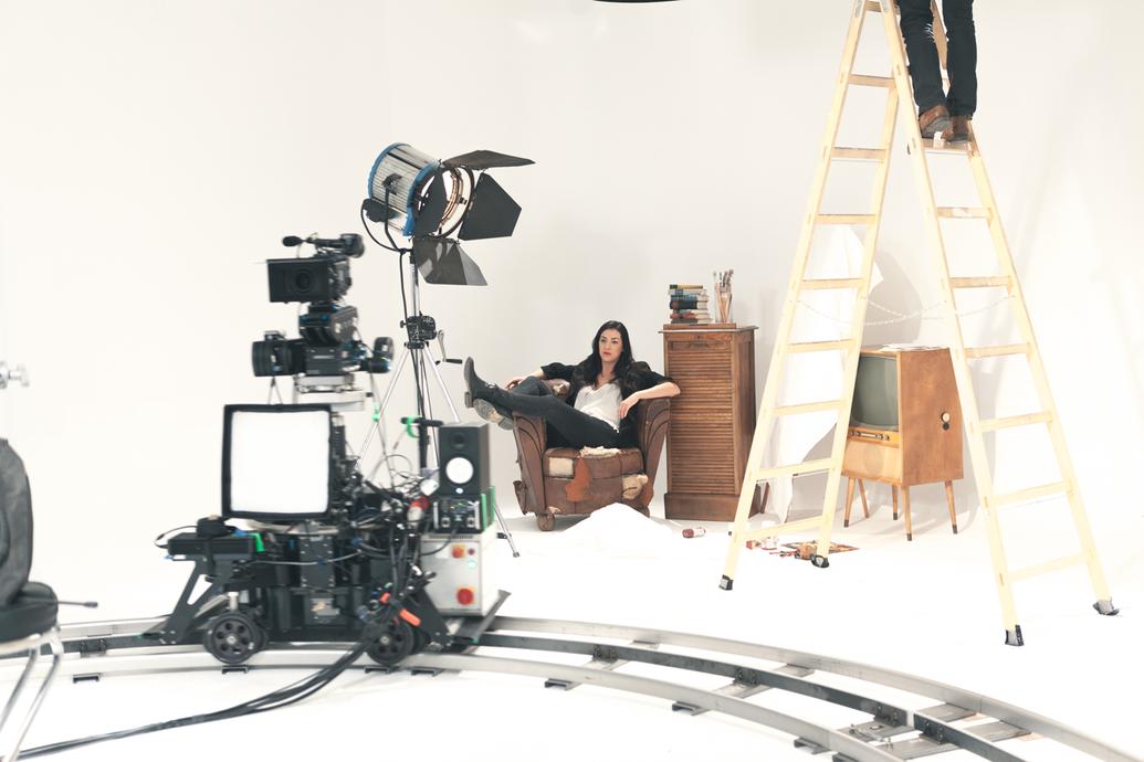 clara blume behind the scenes shooting