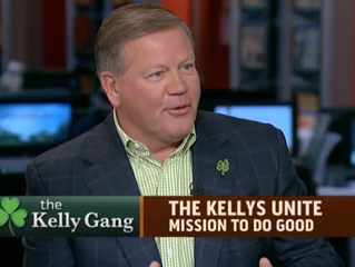 Notre Dame football coach Kelly and wife raise money, win award