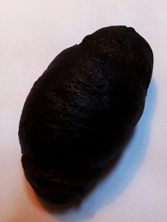 CANTEVOLEの黒塩パン