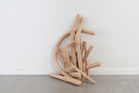 Deconstructed Wishbone (Wegners y-chair)