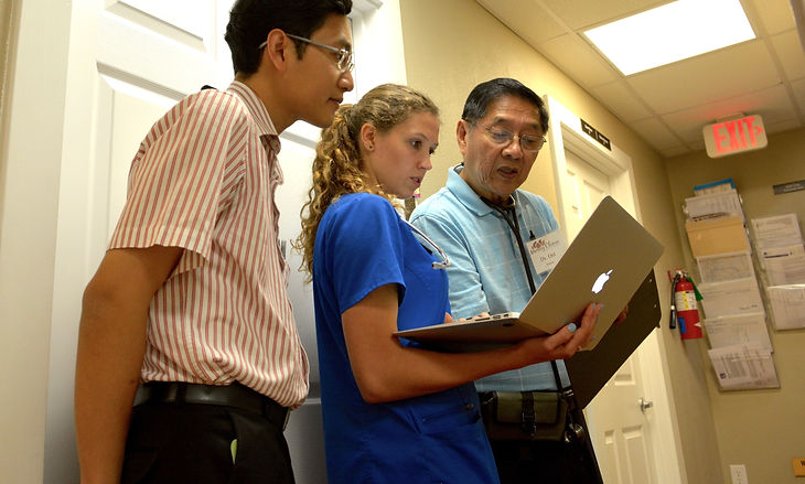 MercyClinic Dr Oei and Students.jpg