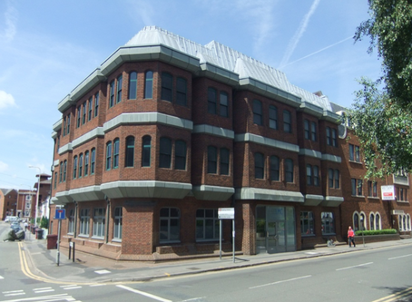 Purchase of Exciting Refurbishment Opportunity in Central Reading