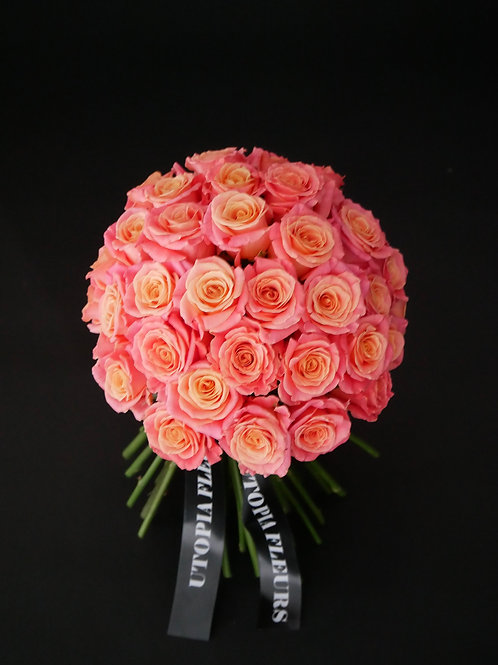 Bouquet of Miss Piggy roses