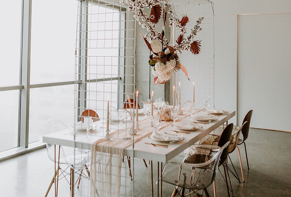 White Grid Table Overhang Structure