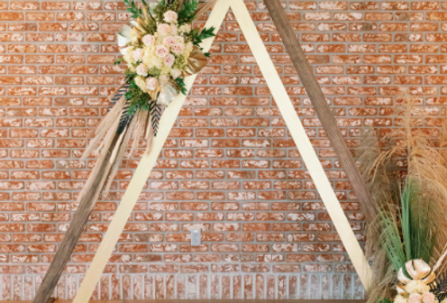 Double Triangle Arch
