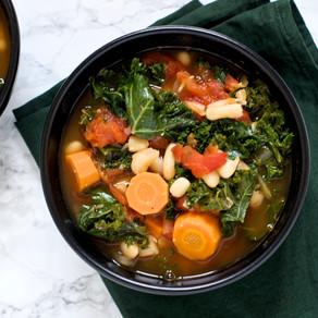 Soupe de Kale, carottes & haricots blancs