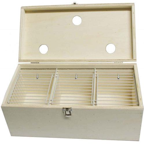 Transportbox mit 3 Türen und Luftöffnungen