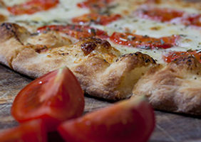 2c-traiteur-pizza-tomates.jpg