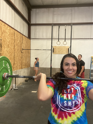 Emily doing crossfit at the best gym in altus, ok