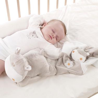Ergonomic baby