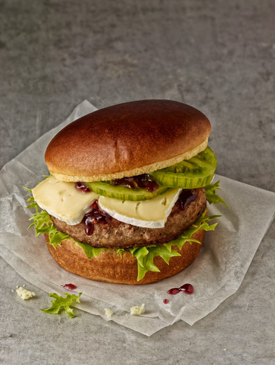 BURGER MIT CAMEMBERT