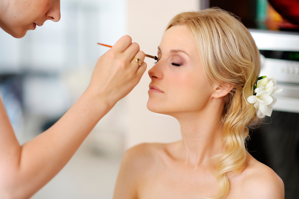 wedding-touch-up-station