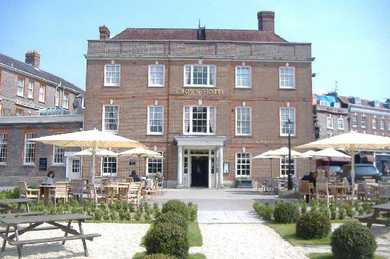 crown-hotel-dorset-wedding-venue