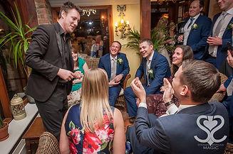 Wedding magician Stephen Simmos
