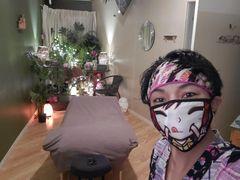 micah in her room2