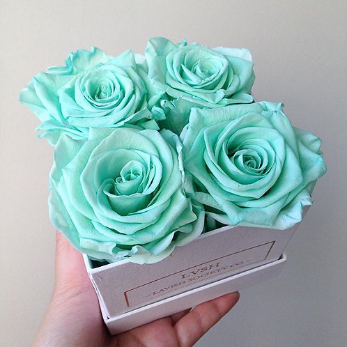 Small Rose Box (4 Roses)