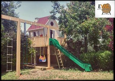 בית עץ לילדים מגלשה סולם נדנדה
