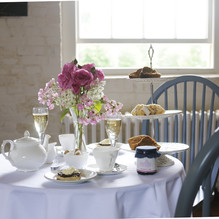 Tea time at Highclerre Castle