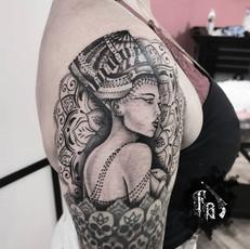 Nefertiti & Mandala