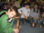 Jonas Koukl - kids with singig bowls