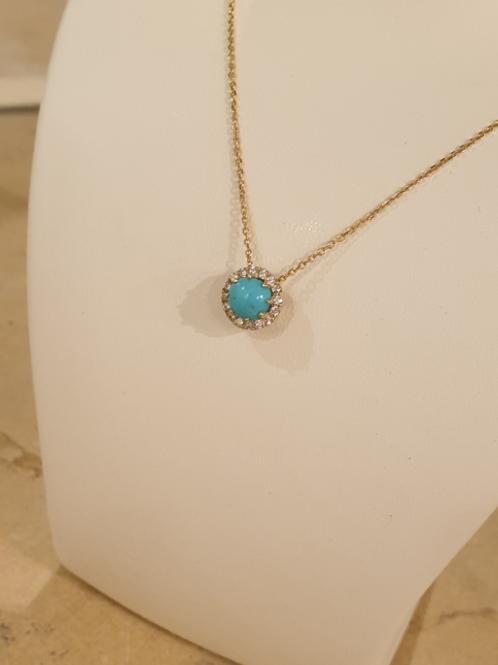 Turquoise jemstone necklace