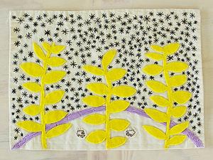 Jardín Nocturno, 2018. Textil bordado, 25 x 35 cm. Disponible