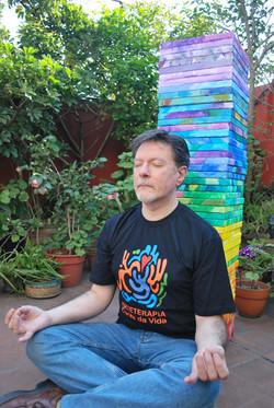 Meditando. Luis Formaiano