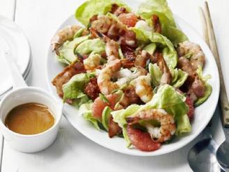 Salade van scampi en champignons