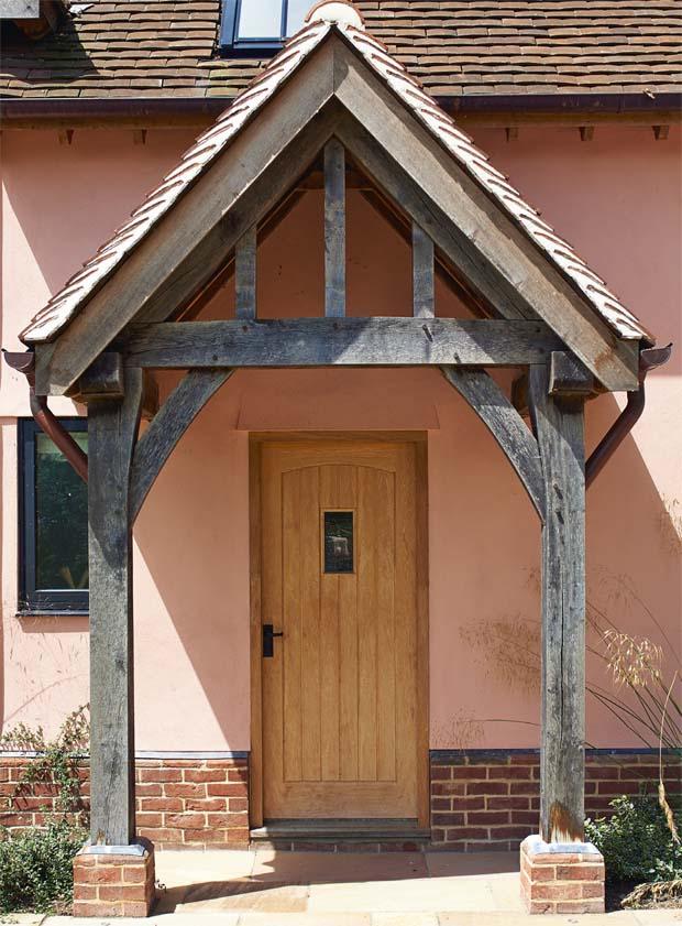 hr0215-Entrance-Cottage-Classic