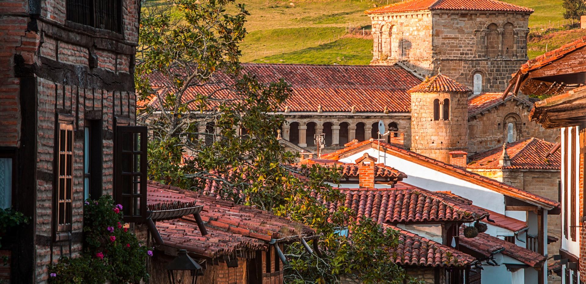 photo tour in Santillana