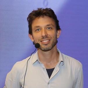 Adam Bihari