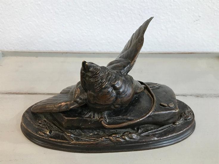 Petit bronze animalier par A CAIN : le moineau au piège , époque XIX ème