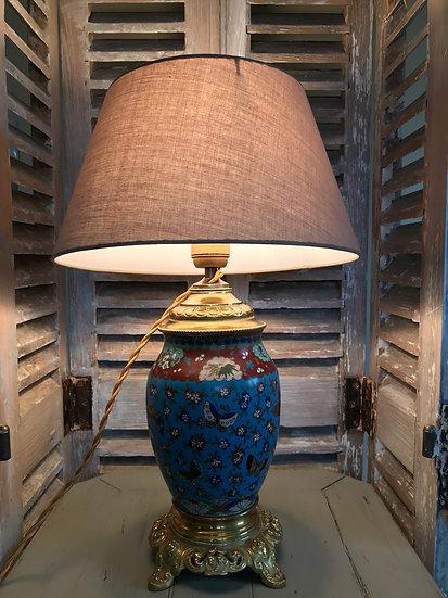 Lampe ancienne en cloisonné à motif papillons époque XIX ème
