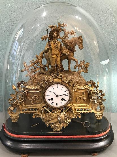 Pendule ancienne en bronze sous globe époque XIX ème