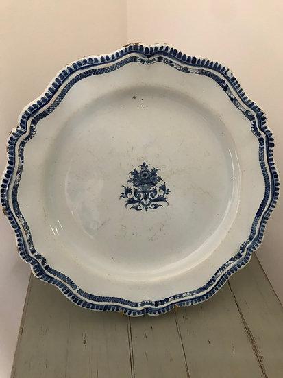 Grand plat en faïence époque XVIII ème siècle  Rouen