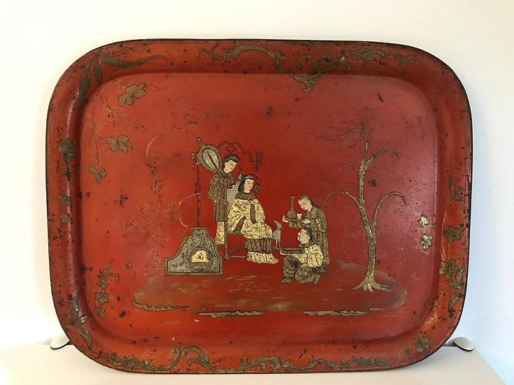 Grand plateau en métal laqué rouge à decor de chinois, époque Napoléon III