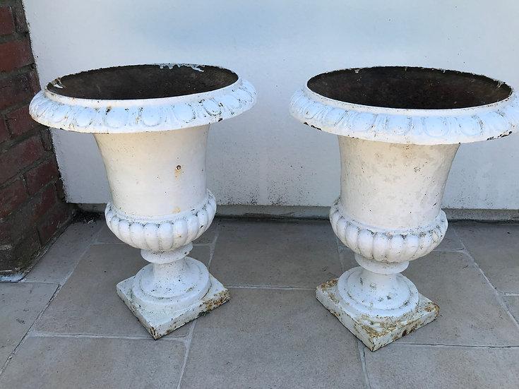 Grande paire de vases Medicis en fonte époque XIX siècle