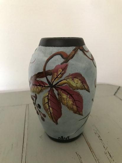 Petit vase en céramique art nouveau signé Louis Dage