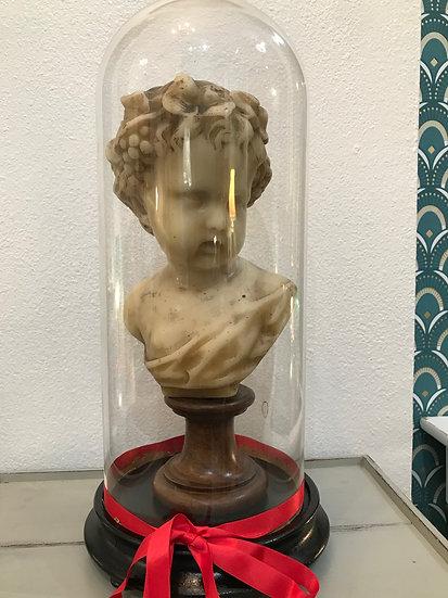 Buste Putti chérubin en cire sous globe fin XIX ème début XXème