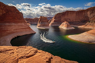 Lake-Powell-Boat.jpg
