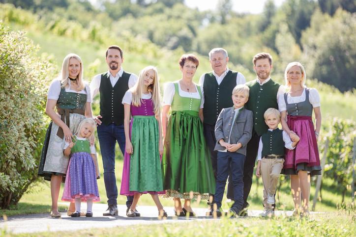 Familie Strauss mit Kindern