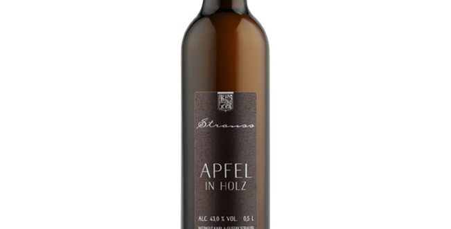 Apfel in Holz