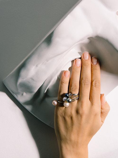 Серебряное кольцо с круглой подвижной жемчужиной