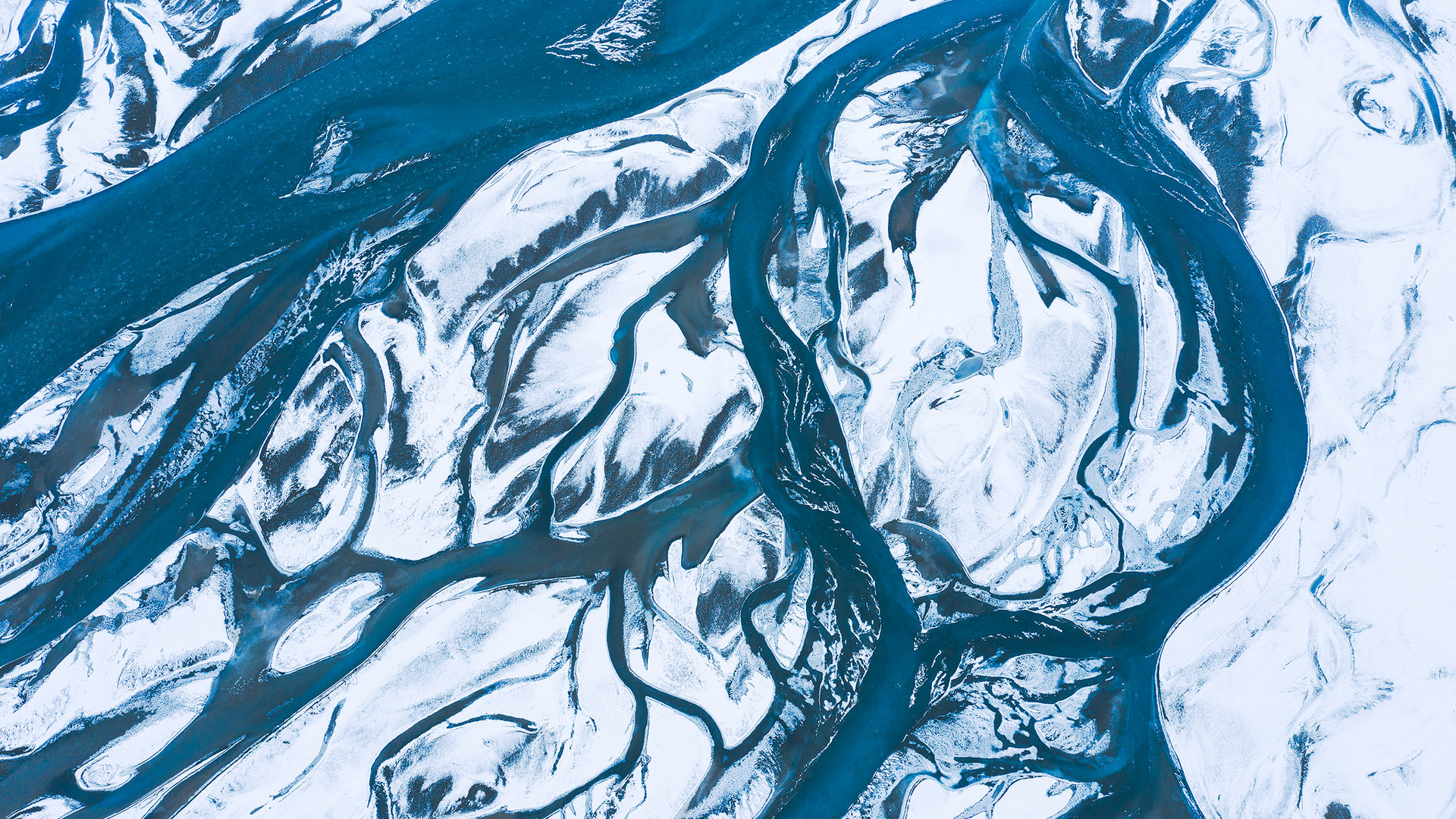 Landmannalaugar-dróni-river-copy.jpg