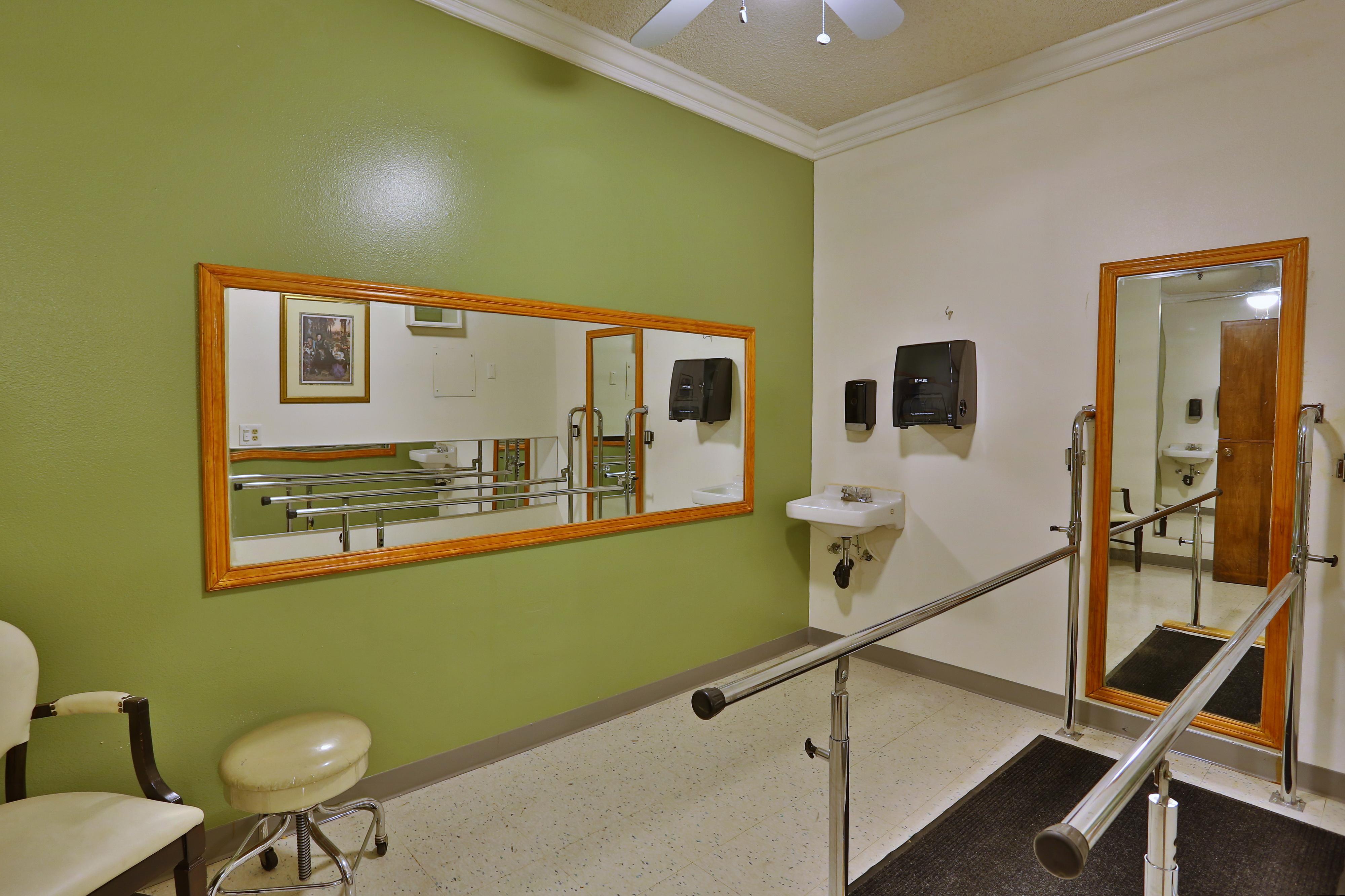 Villa Redondo Physical Therapy Room